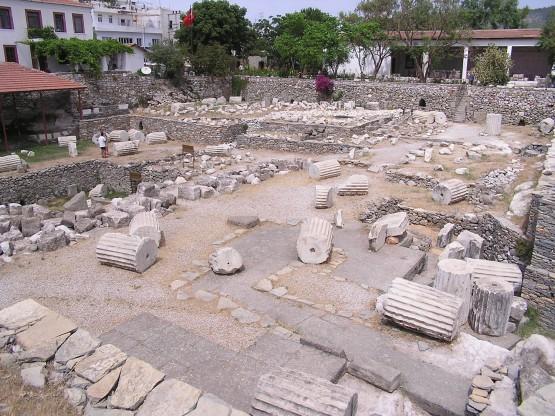 Останките от Мавзолеят в Халикарнас