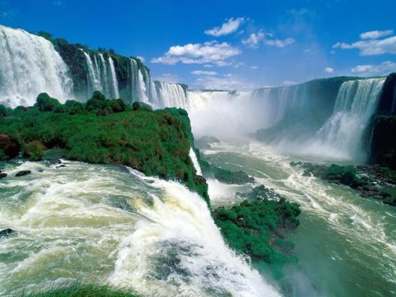 Спиращите дъха водопади Игуасу