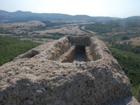 Скалната гробница в тракийското светилище Татул