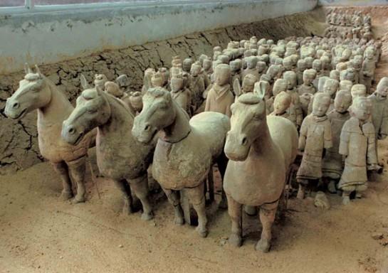 Всички фигури в теракотената армия са направени с реални размери.