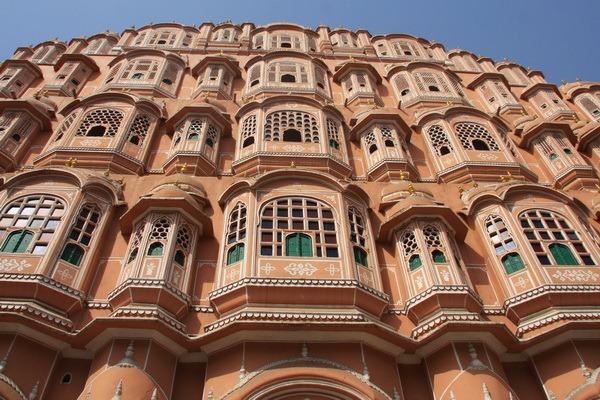 Дворец Ветров е един от най - важните забележителности в град Джайпур в Индия