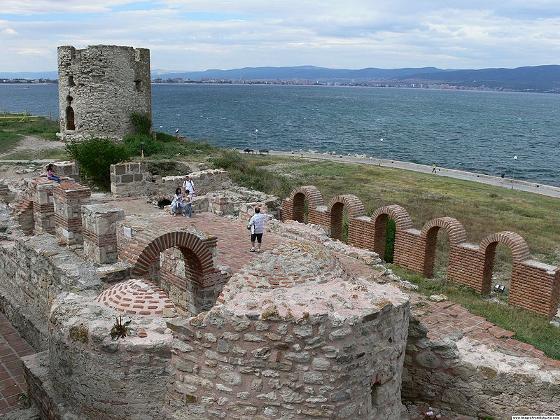Несебър - стария град. Изглед към морето