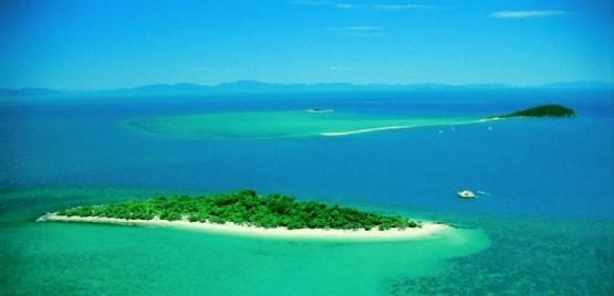 Коралов остров в Големия бариерен риф