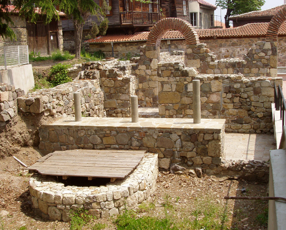 Древният Созопол - oстанки от църква.