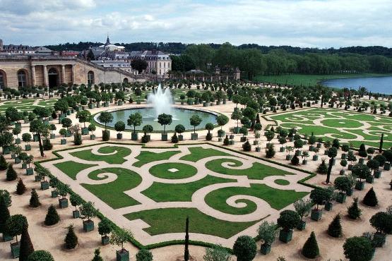 Градината на Версайския дворец