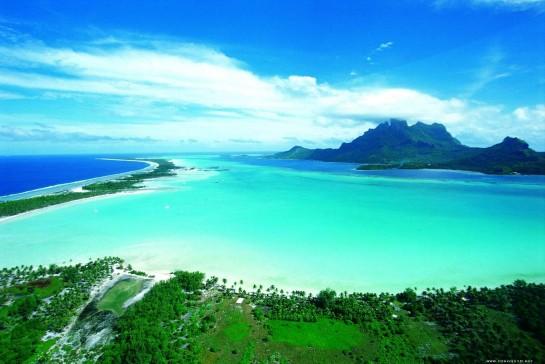 Остров Бора Бора в Тихия океан