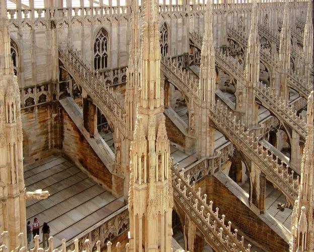 Миланската катедрала отвътре