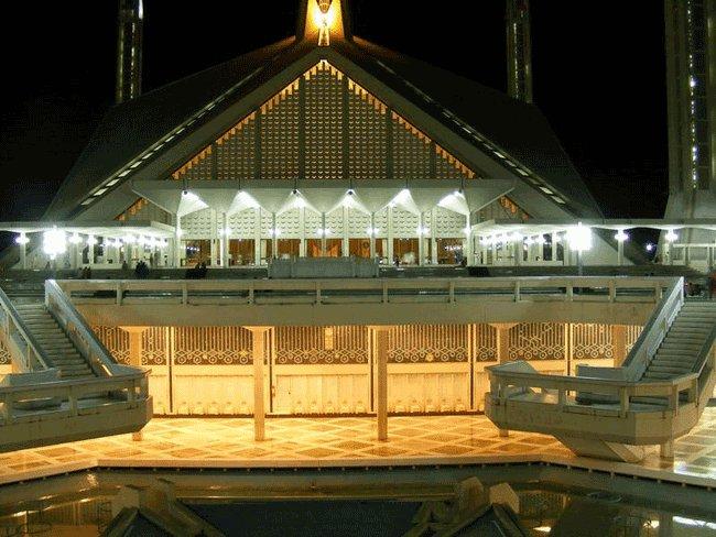 Най - голямата джамия в Южна Азия