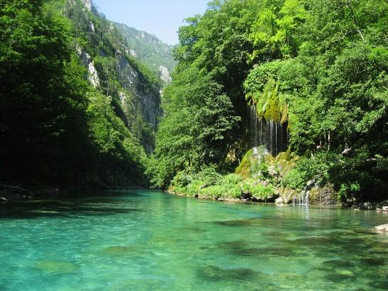 Река Тара се намира в националния парк Дурмитор